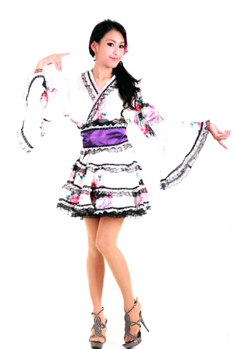 Fashionable short white kimono with stylish japanese print patterns